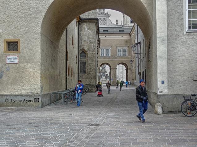 DSCN4248 Franziskanergasse Salzburg sl 8x6 copyright